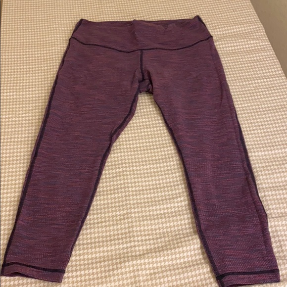 lululemon athletica Pants - LuLuLemon workout capris